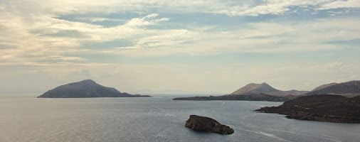 Costa greca...  #nikon , #photo , #orizzonti2014 , #grecia , #photoview
