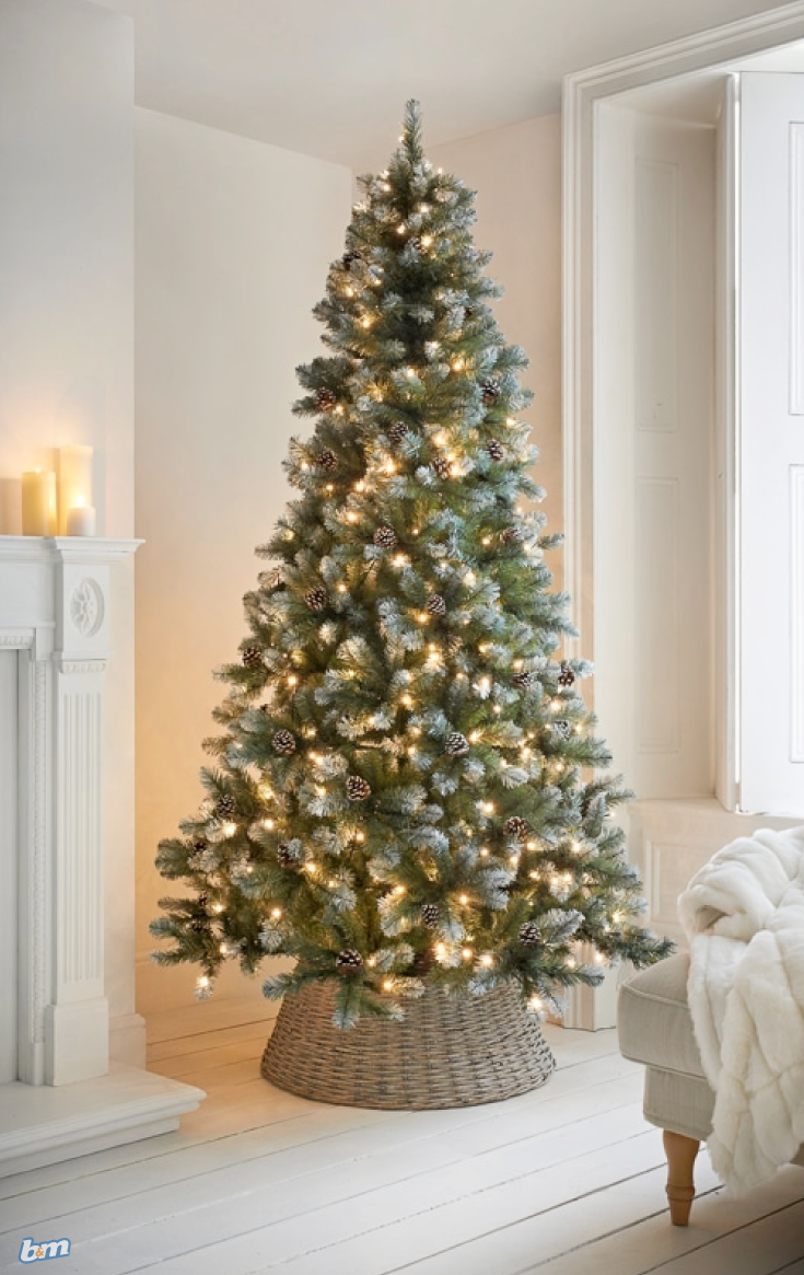 Copenhagen Pre Lit Christmas Tree The Most Important Decoration Of Them All At Christmas Time I Pre Lit Christmas Tree Real Christmas Tree 7ft Christmas Tree