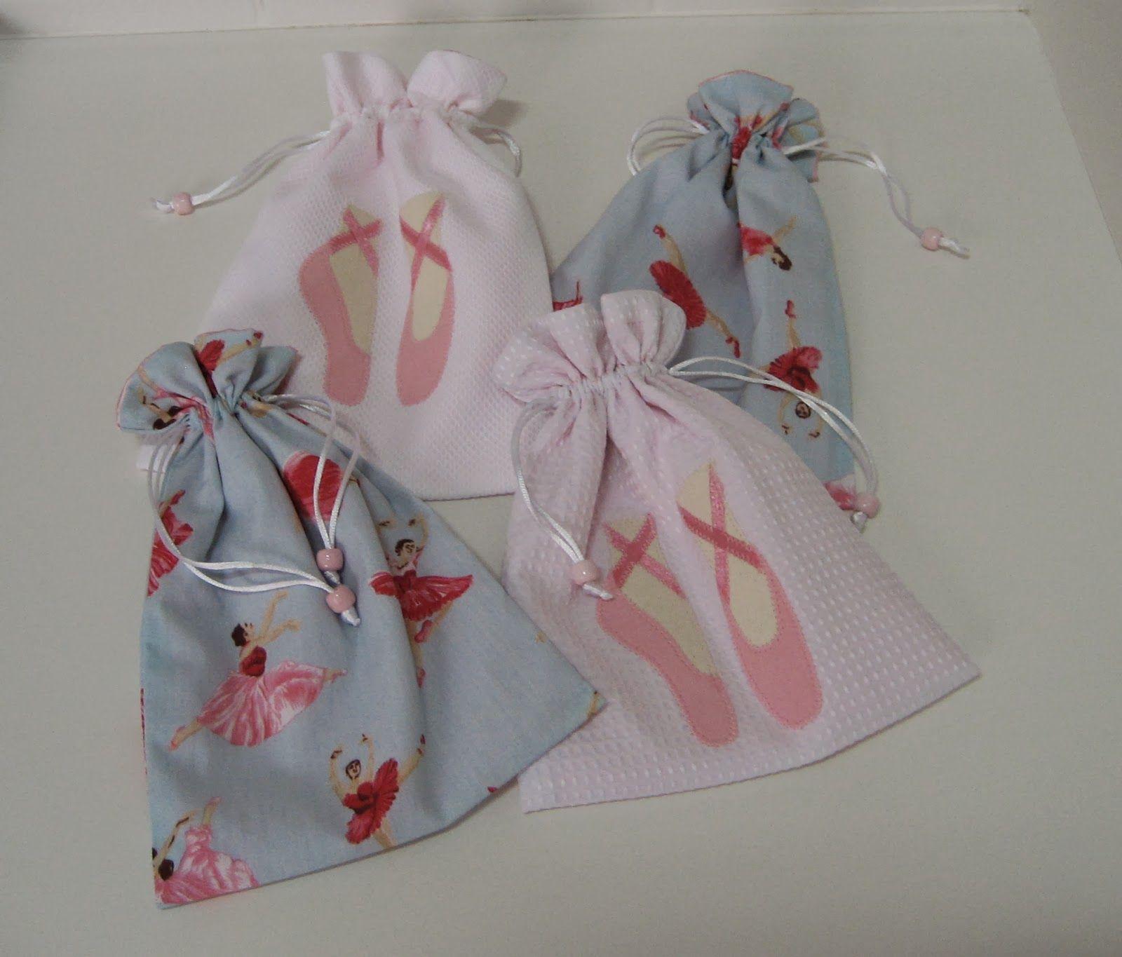 2c0bb9509a Mãe de Bonecas  Porta Sapatilhas de Ballet.