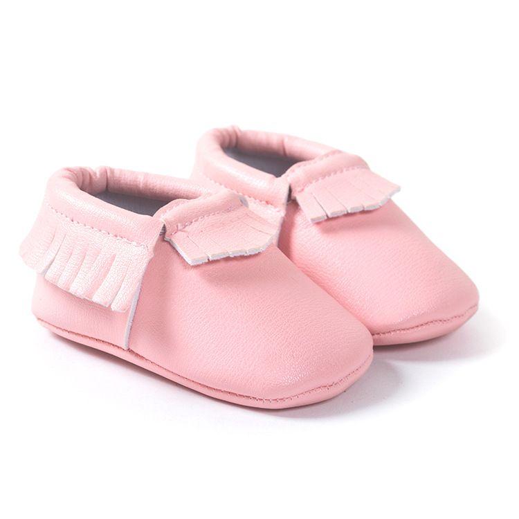 eede68c74ea Nueva 42 Colors borla zapatos de bebé de cuero Bling zapatos mocasines bebé  niño Unisex bebé recién nacido zapatos primeros caminante 2212 en Primeros  Pasos ...