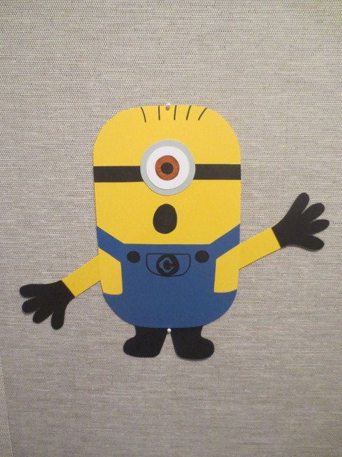 Set of 10 Minion Wall Decorations | Party Ideas | Pinterest | School ...