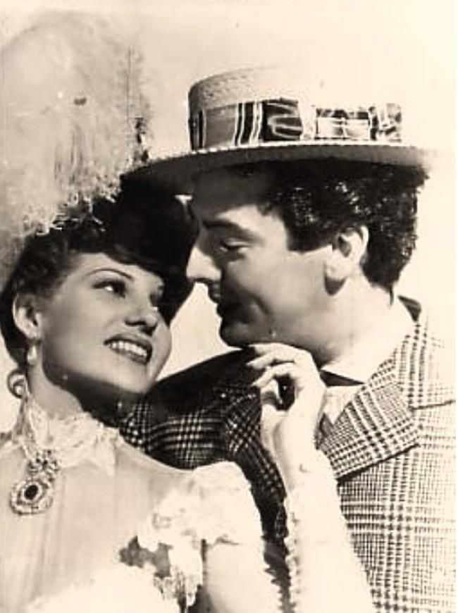 1942 hayworth mature musical