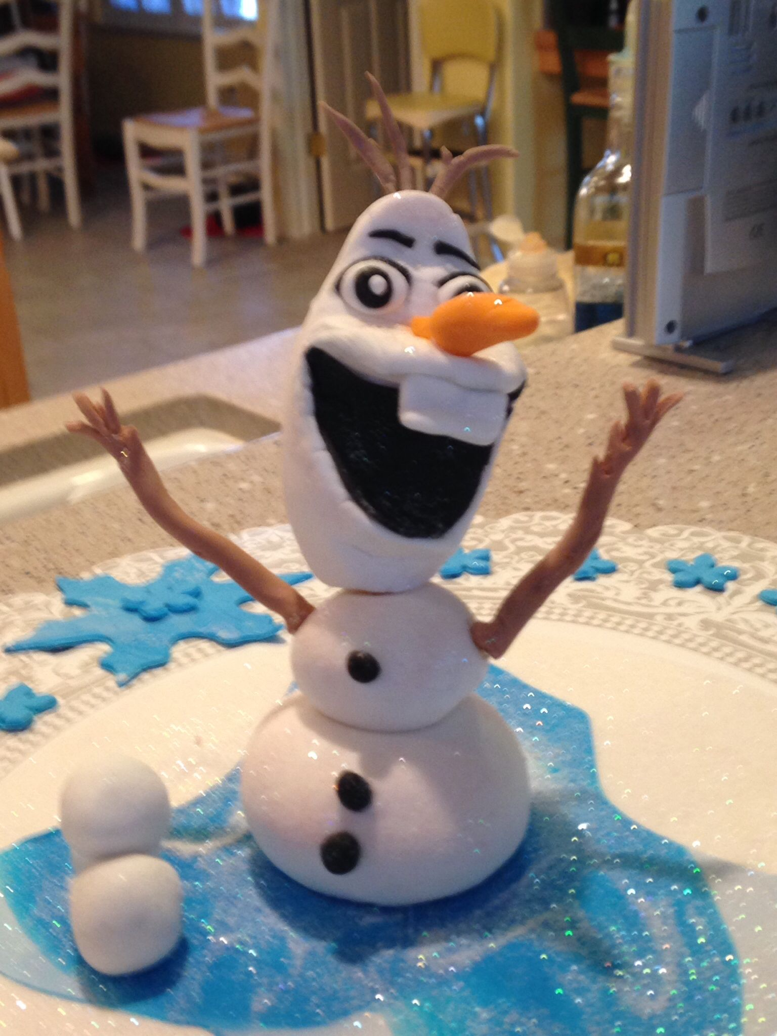 Olaf cake topper Disney Movie Frozen by Facebookacakelady This
