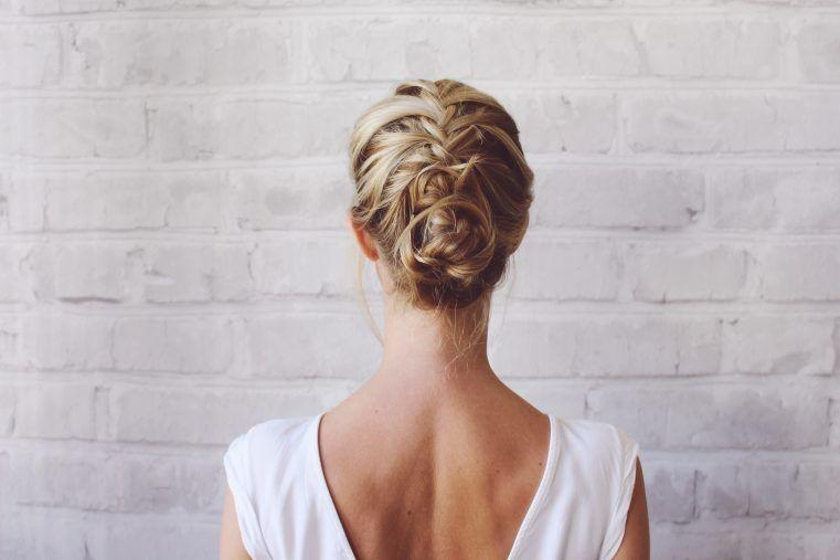 Helmhaare Ade 3 Perfekte Frisuren Furs Fahrradfahren Beautystories Beautystories Perfekte Frisur Frisur Hochgesteckt Frisuren