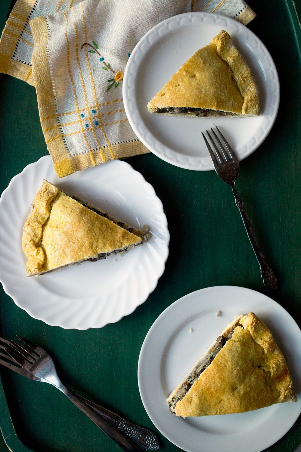 Sicilian Easter Lamb Pie: 11 Easter Recipes from Around the World | www.TheHungr...    Sicilian Easter Lamb Pie: 11 Easter Recipes from Around the World | www.TheHungryTrav... #blog #Easter #Hungry #recipes #Traveler #Easter #Lamb #Pie #Recipes #Sicilian