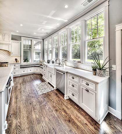 25 Best Master Bedroom Interior Design Ideas Traditional Kitchen Design Off White Kitchen Cabinets Off White Kitchens