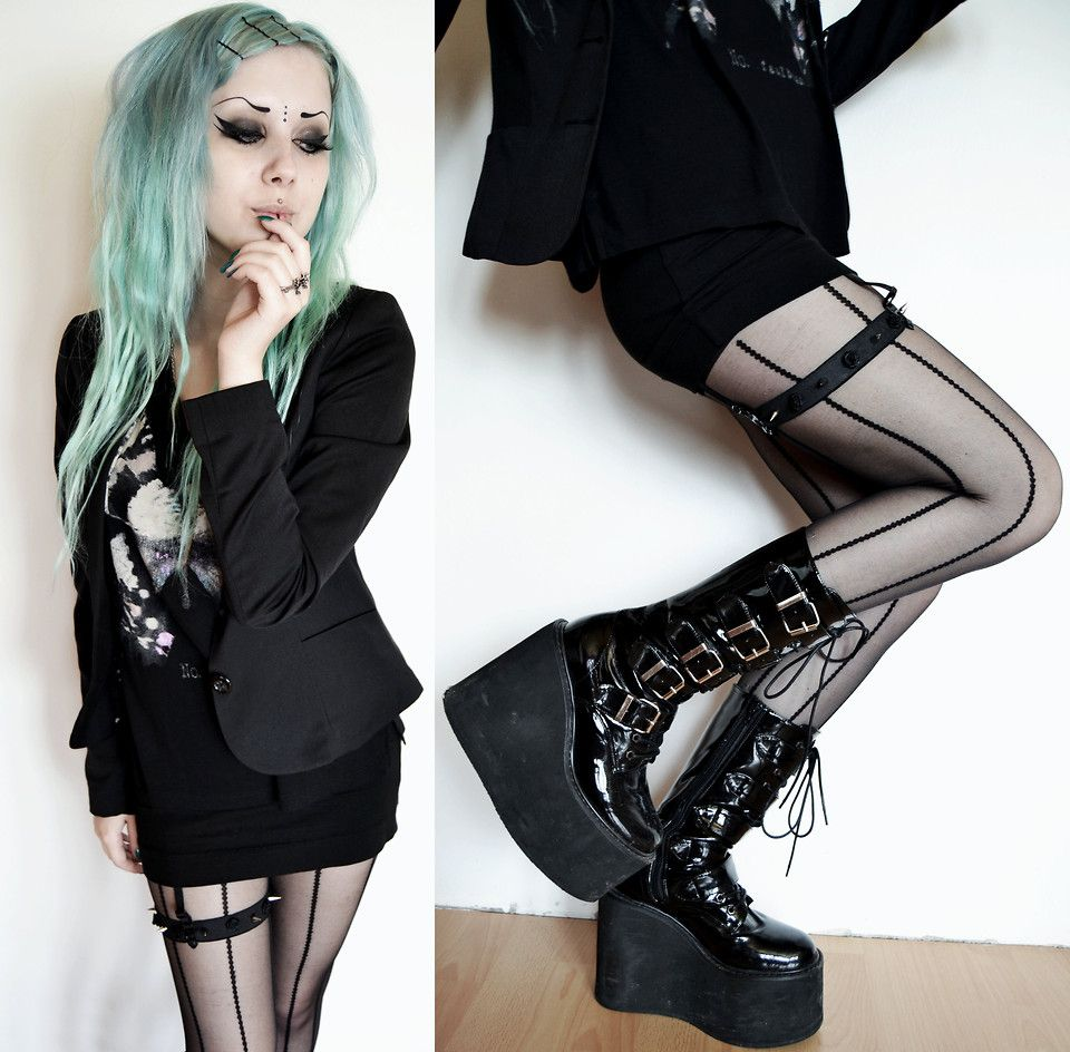 Goth look sexy