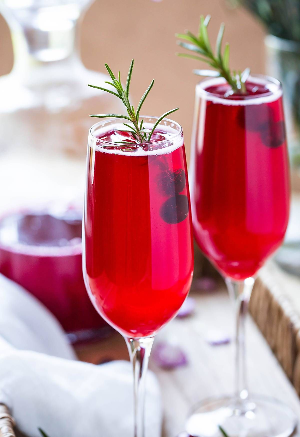 Healthy Festive Cranberry Mimosa Recipe Naturally Sweetened Recipe Cranberry Mimosa Recipe Cranberry Mimosa Cranberry Juice Benefits