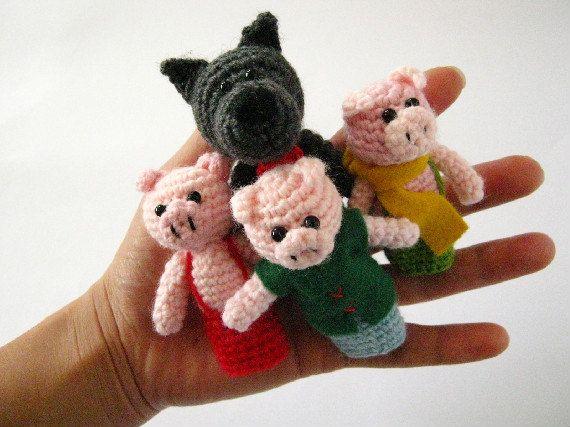 Three Little Pigs Fairy Tale Amigurumi Crochet Finger Puppets