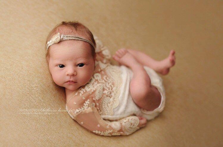 Neugeborenen Bodys