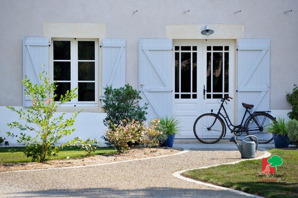 Allée de jardin en Alvéostar® et bordures réalisées avec notre Pavé ...