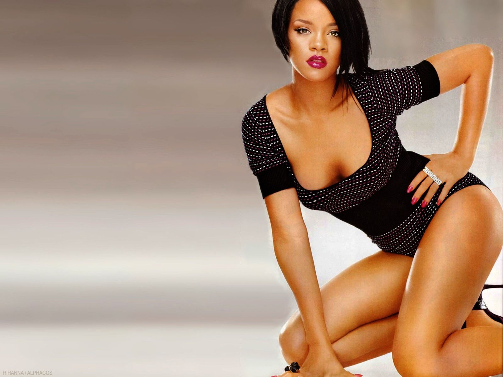 Google themes rihanna - Rihanna Sexy Full Hd