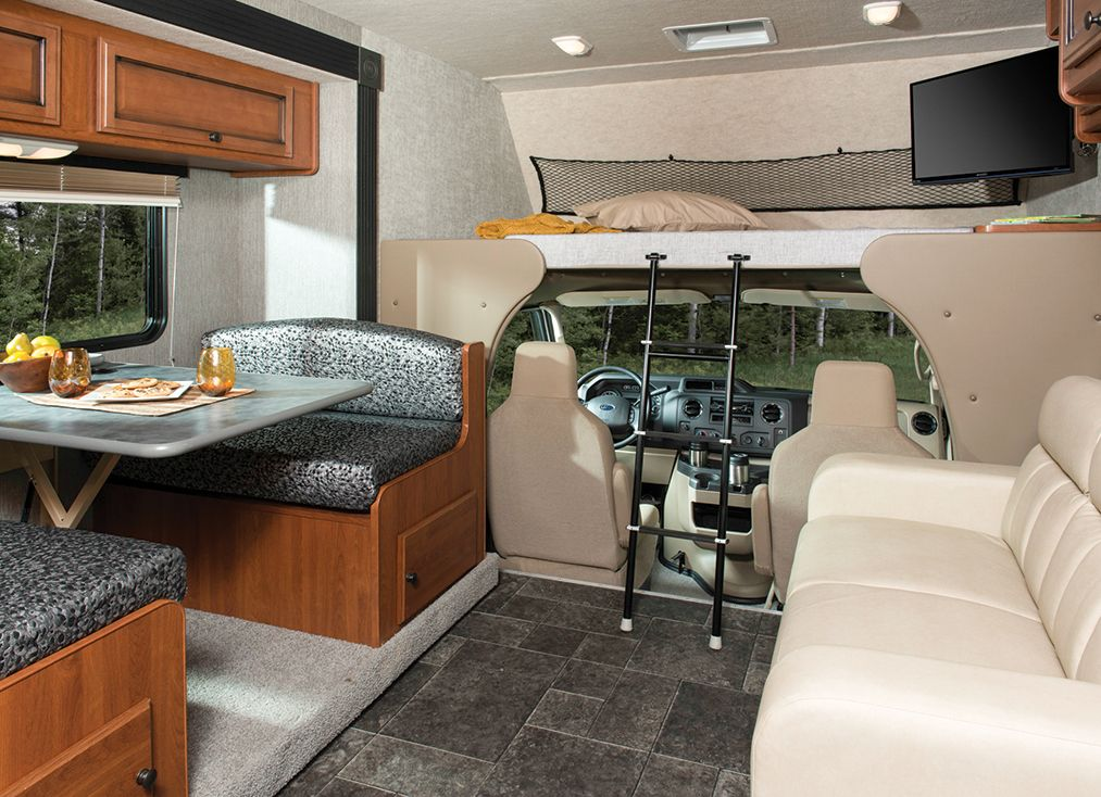 A Look At What S New From Coachmen Fleetwood Rv Holiday
