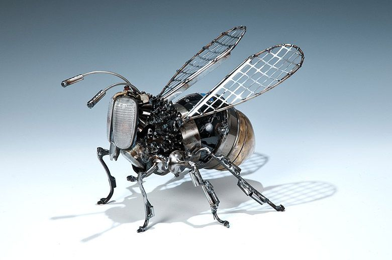 26 sculptures saisissantes faites de pièces détachées automobiles ...