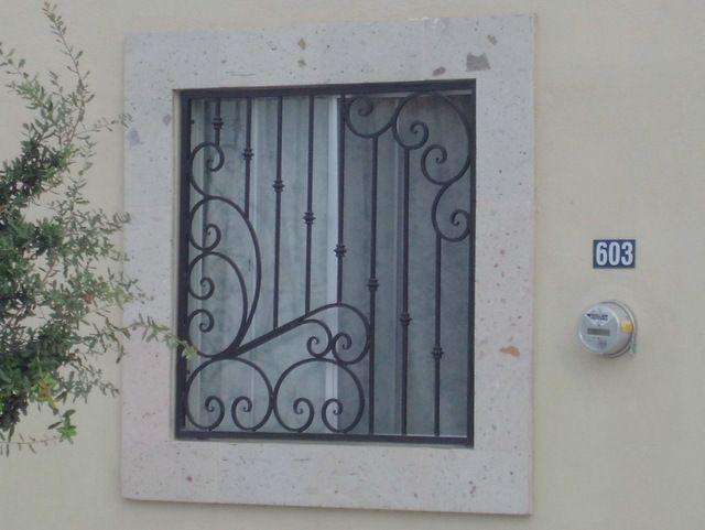 Herreria art stica para ventana de casa puertas y for Puertas de herreria artistica