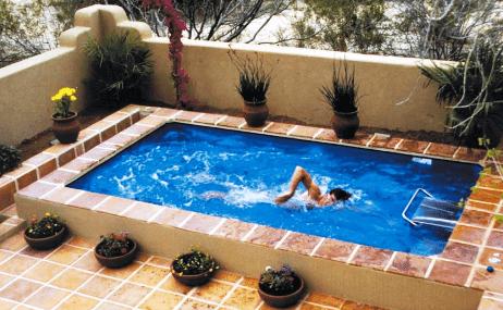 rumah minimalis dengan kolam renang kecil