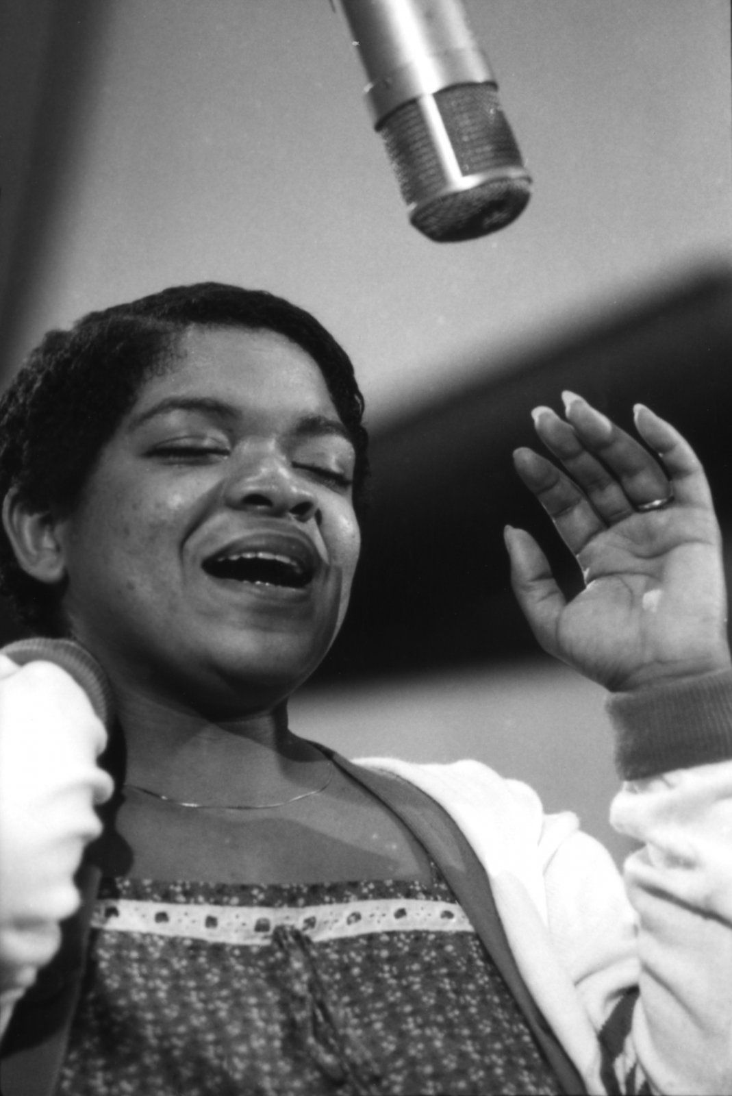 Nell Carter of Ain't Misbehavin' | The Official ...