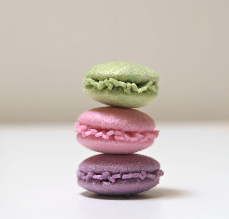 Dolcetti in pannolenci come fare i macarons tutorial for Idee creative uncinetto