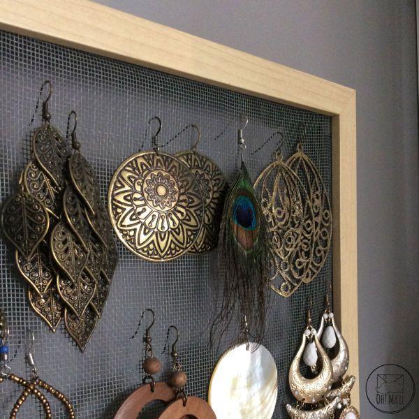 diy un pr sentoir boucles d 39 oreilles en grillage grillage poulets pr sentoir et solution. Black Bedroom Furniture Sets. Home Design Ideas