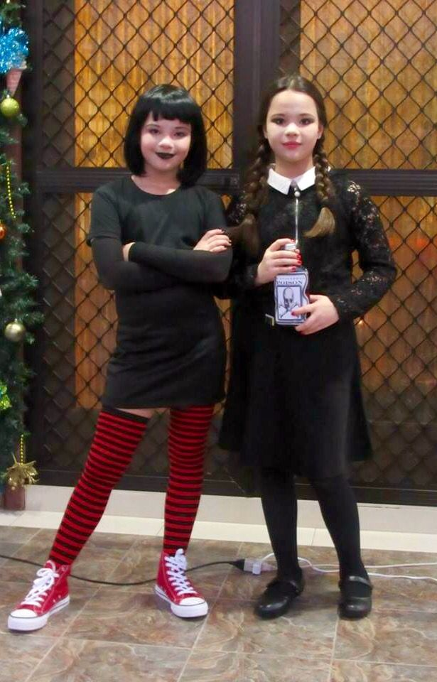 mavis from hotel transylvania and wednesday addams from. Black Bedroom Furniture Sets. Home Design Ideas