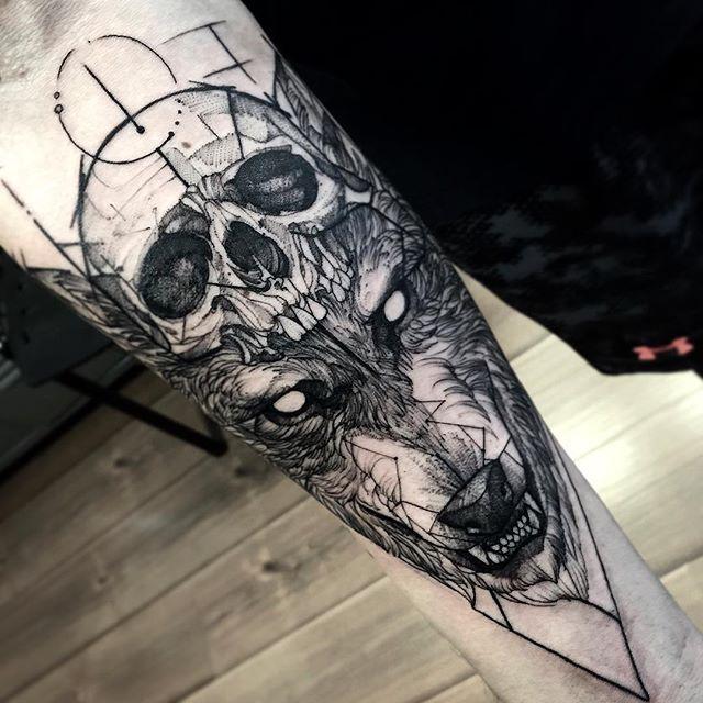 Fredao oliveira y su arte de tatuaje en blackwork el for Calavera lobo