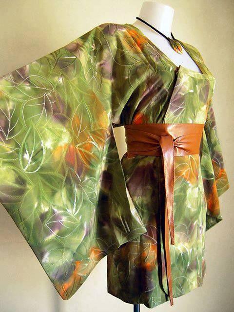 Michiyuki verde con elegante motivo damascato e dipinto a mano PEZZO UNICO - 100%SETA