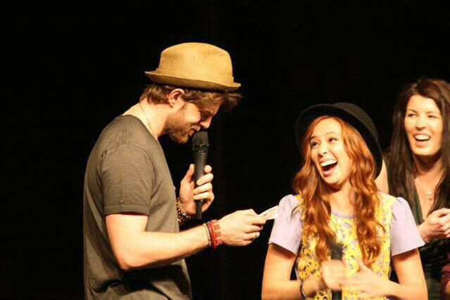 Ian Somerhalder Entertains Crowd at Another Day of Bloody ...