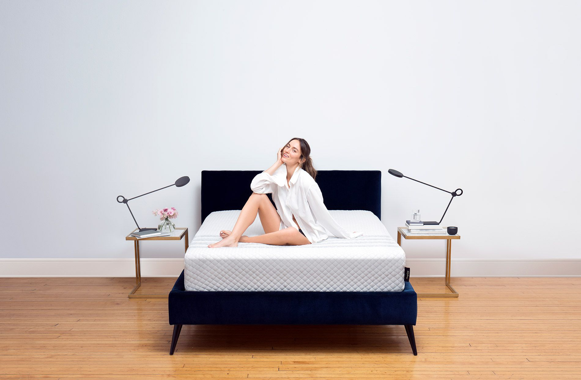 Sapira Is The World S Only True Luxury Hybrid Spring Mattress That Is Shipped To Your Home In A Box Fre With Images Luxury Mattresses Mattress Design Furniture Stores Nyc
