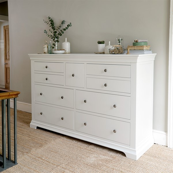 Best Chantilly White Wide 9 Drawer Chest The Cotswold Company 400 x 300