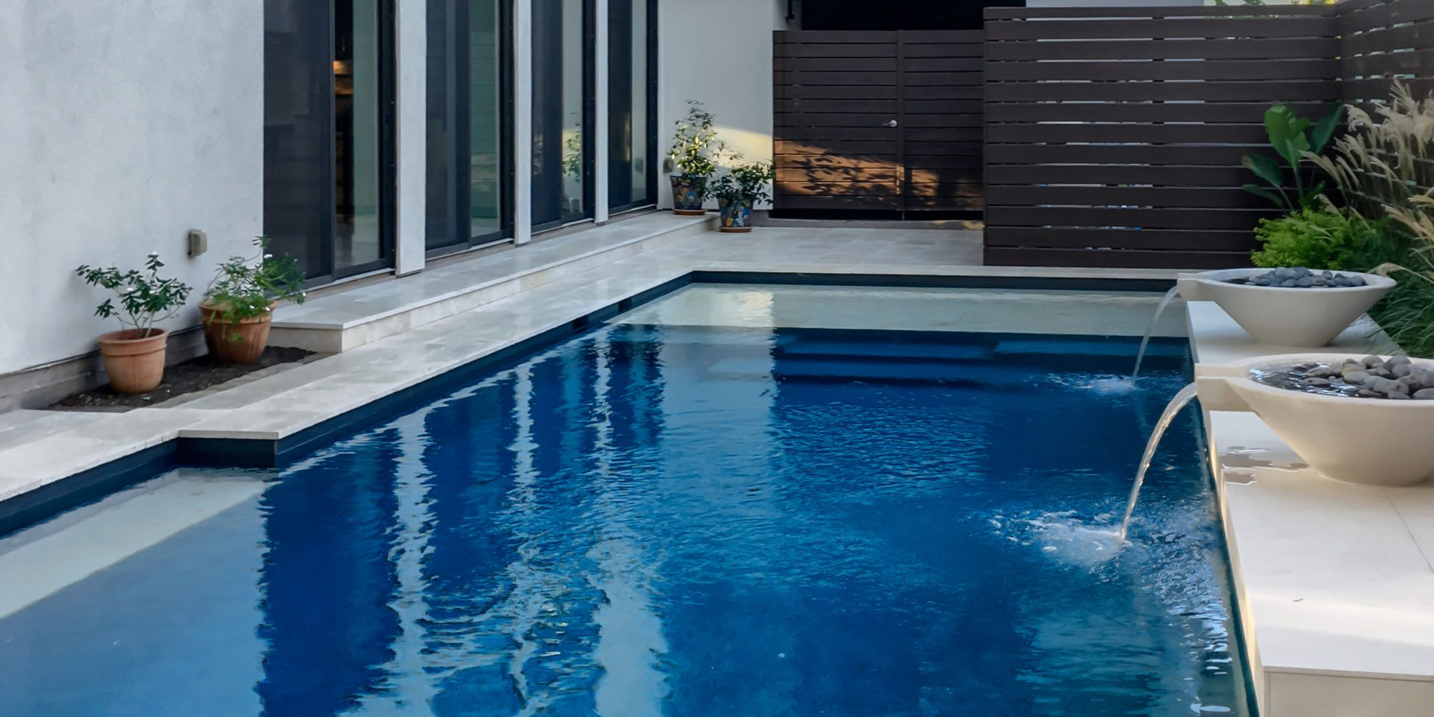 rectangle pool with water features - Rectangle Pool With Water Feature