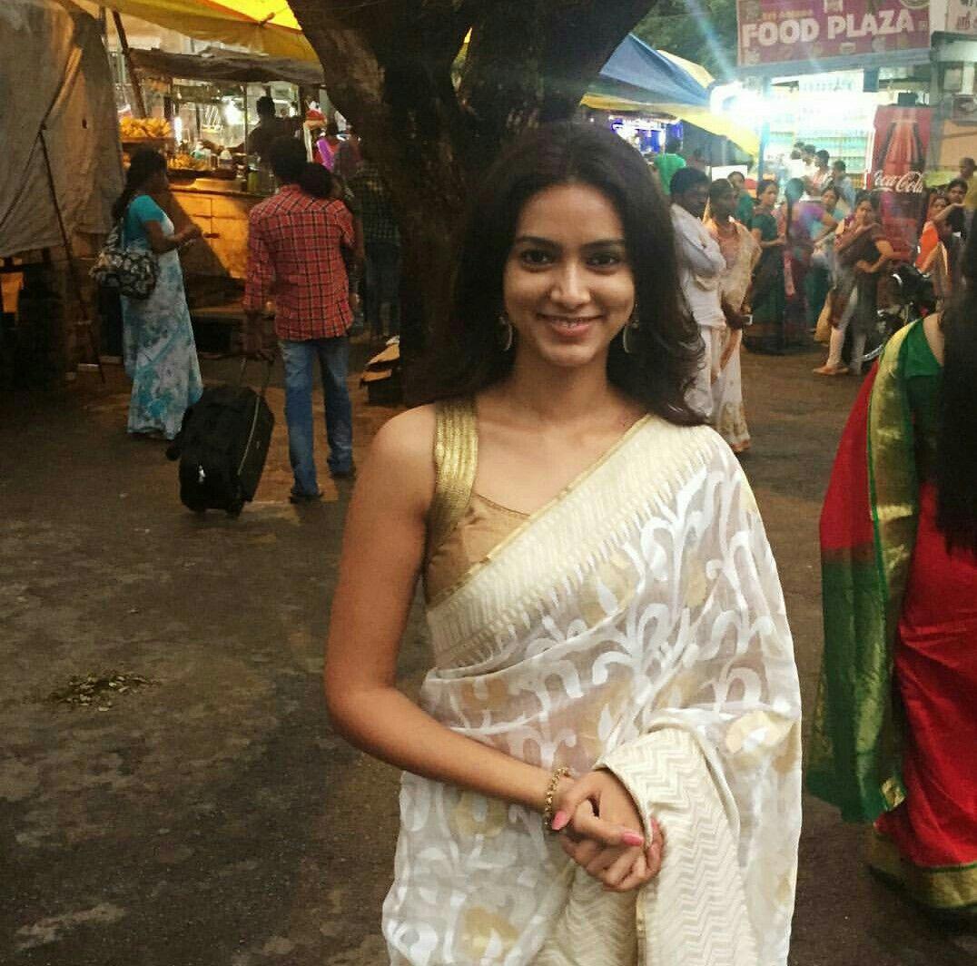 Hot marathi actress pallavi subhash flaunts the beautiful saree hot marathi actress pallavi subhash flaunts the beautiful saree marathiactress thecheapjerseys Choice Image