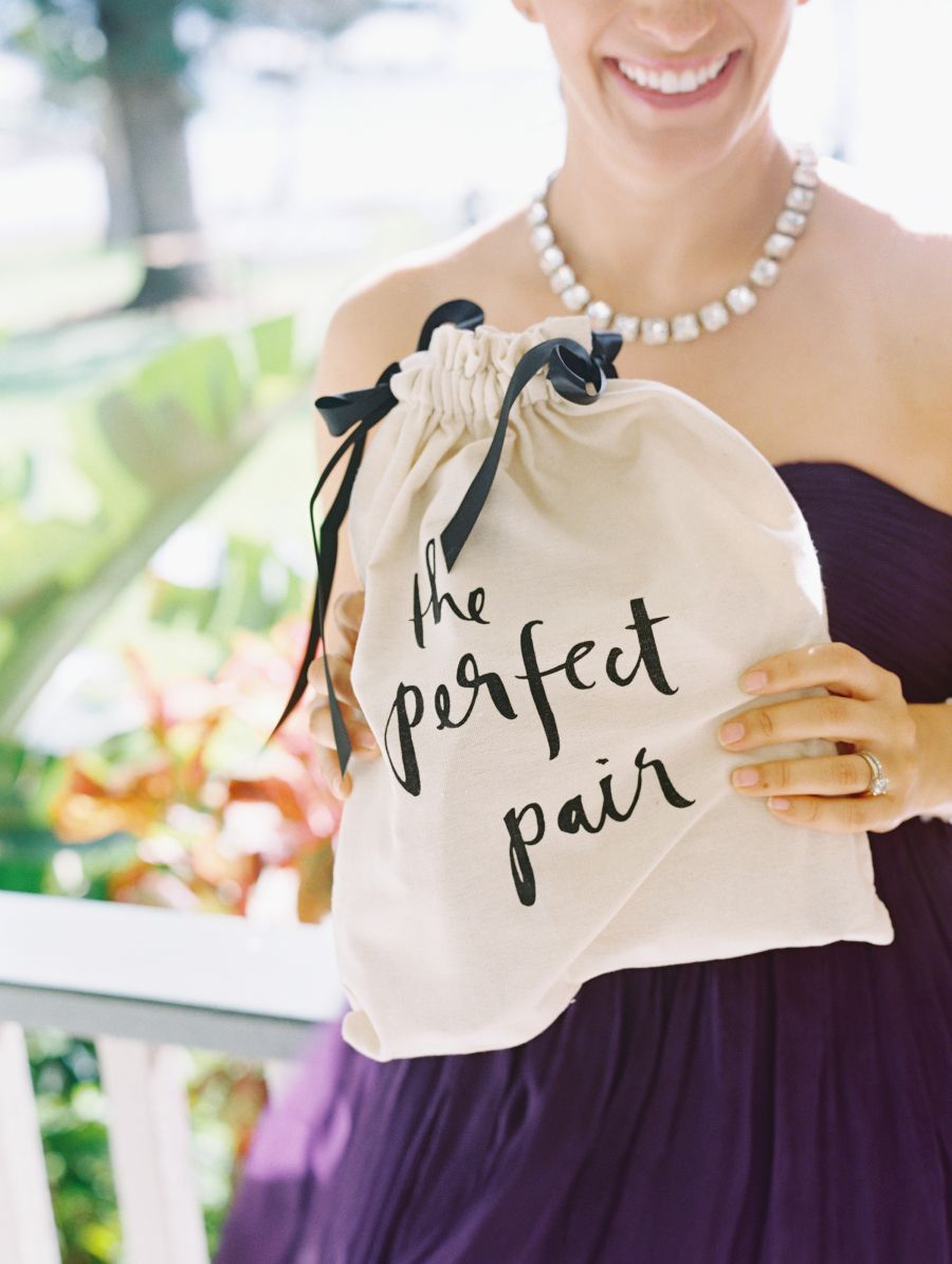 A Destination Wedding In Hawaii Overflowing With Florals Favours