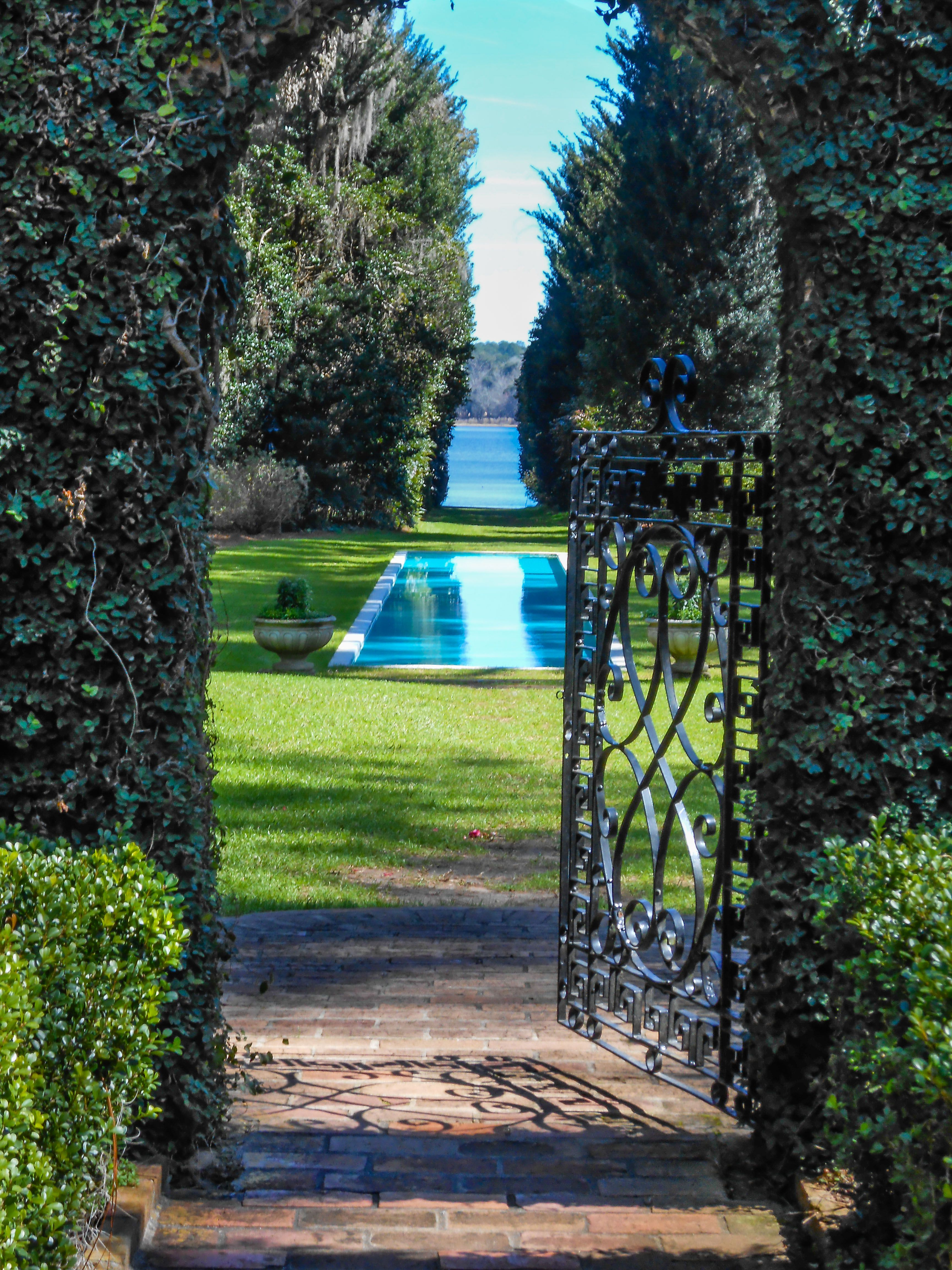 Alfred B Maclay Gardens Tallahassee Florida View From Inside Walled Garden Overlooking The Reflection Pool In Th Fl Vacations Places In Florida Tallahassee