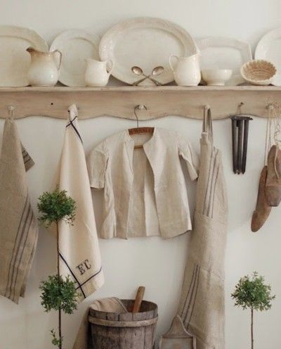 Wood, ironstone and grainsacks - what could be prettier?