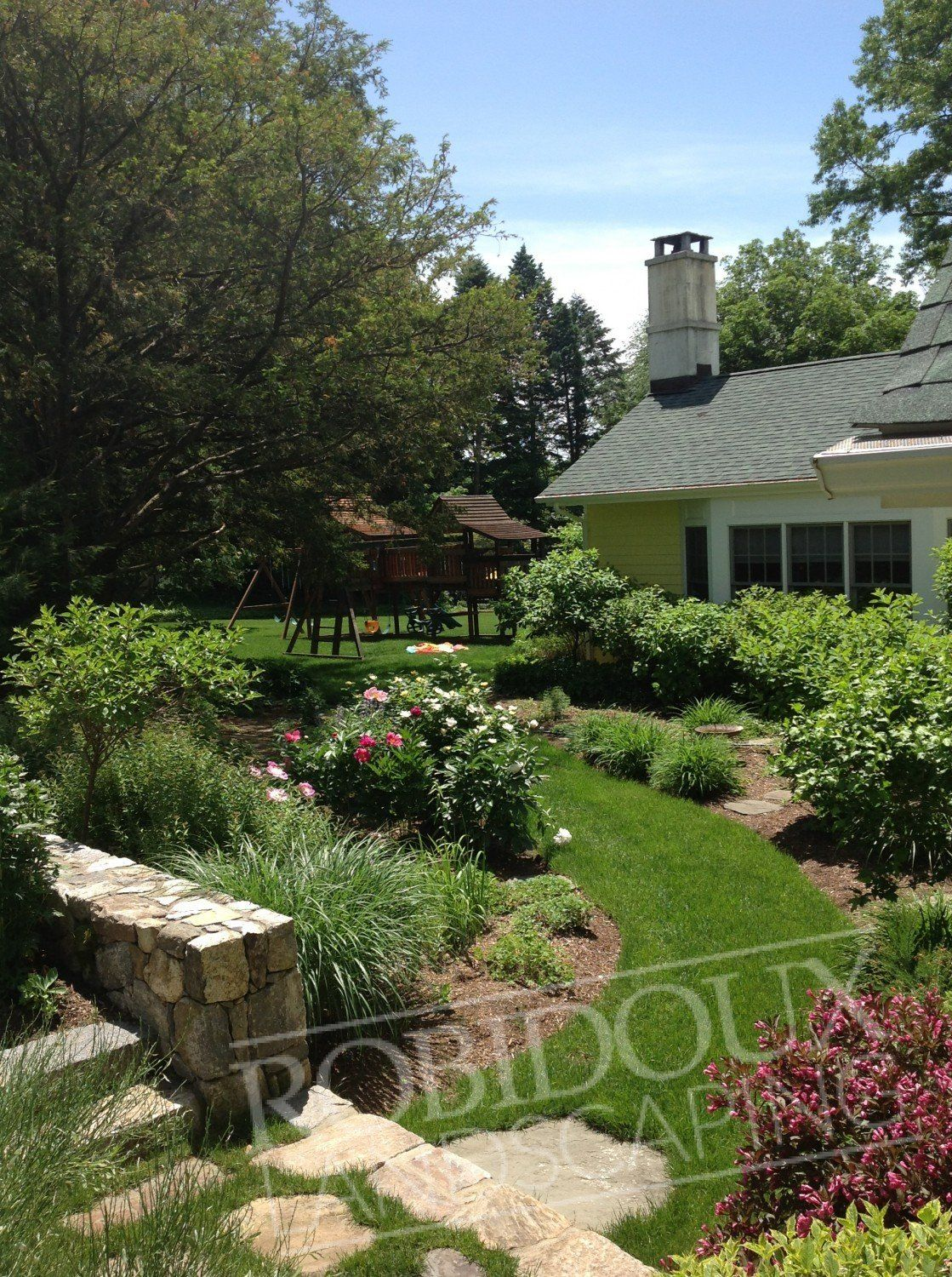 Expanding Your Knowledge Of Landscaping To Improve Your Home * Read More  Details By Clicking On