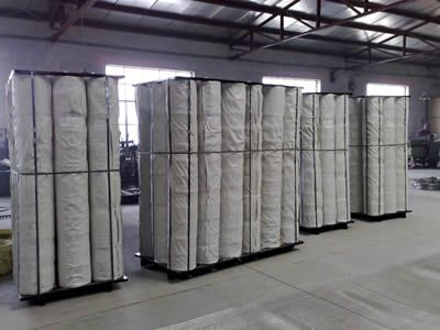 Four pallets with stainless steel welded mesh rolls packaged