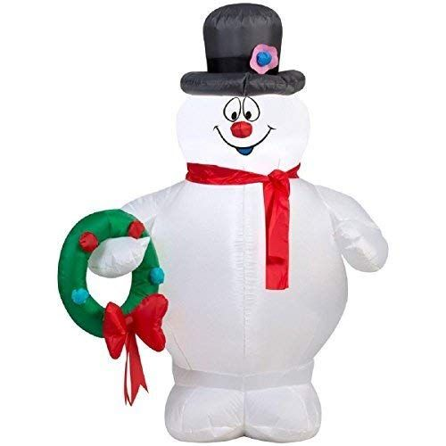 Christmas Inflatable 35\u0027 Frosty The Snowman Holding Wreath Airblown