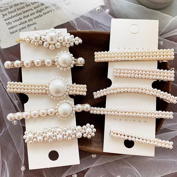 8de4034c21 WHITE COLLECTION-Rococo faux pearls hair clip, bridal Beaded boho ...