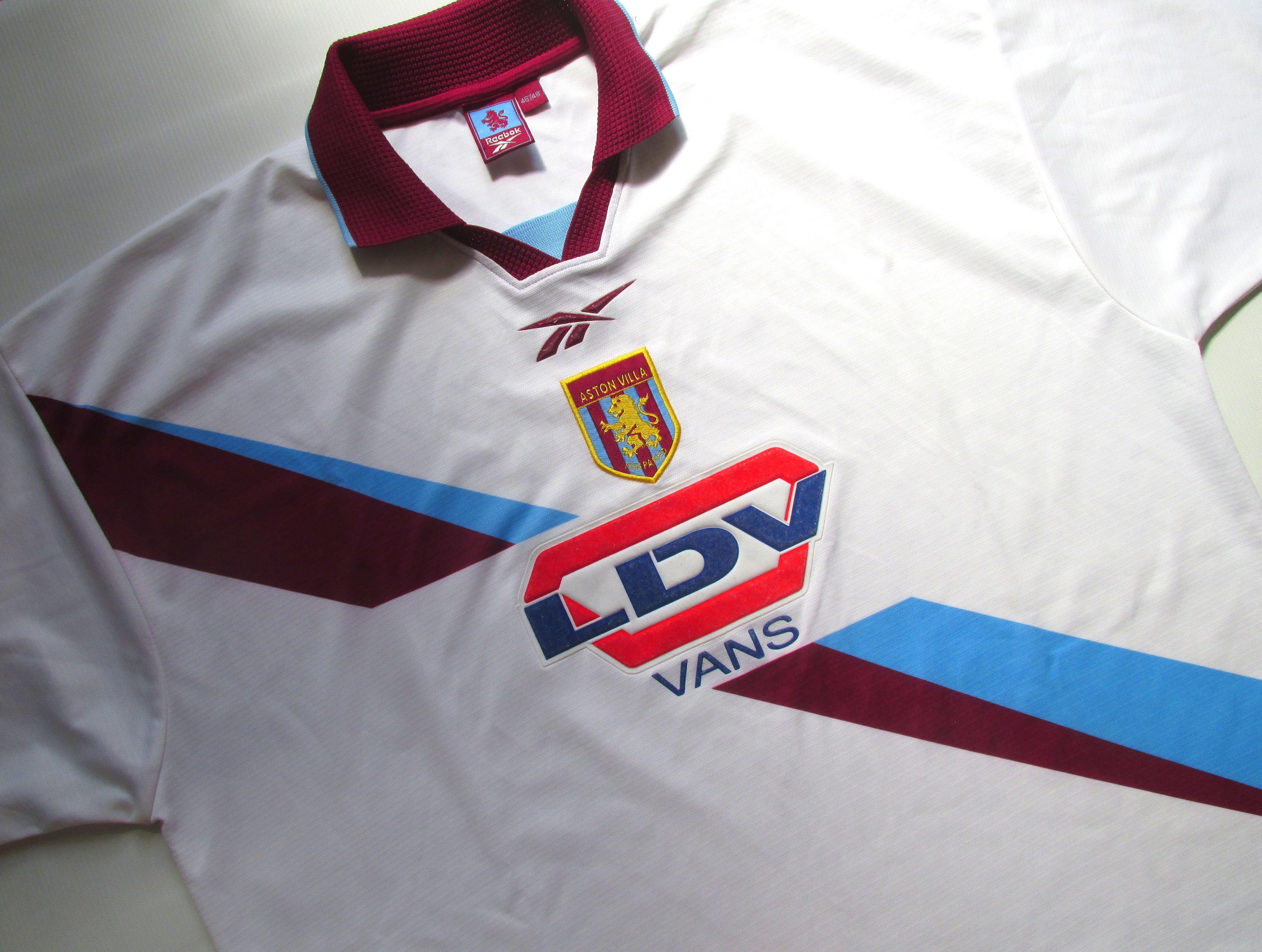 Aston Villa 1999 2000 Away Football Shirt By Reebok In 2020 Football Shirts Vintage Football Shirts Soccer Jersey