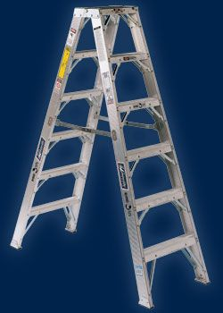 Heavy Gusset Bracing Braces Located Every 12 On Models Under 8 Tall Two Pair Of Steel Gussets On Every Step For Extra Support Aluminium Ladder Ladder Rails