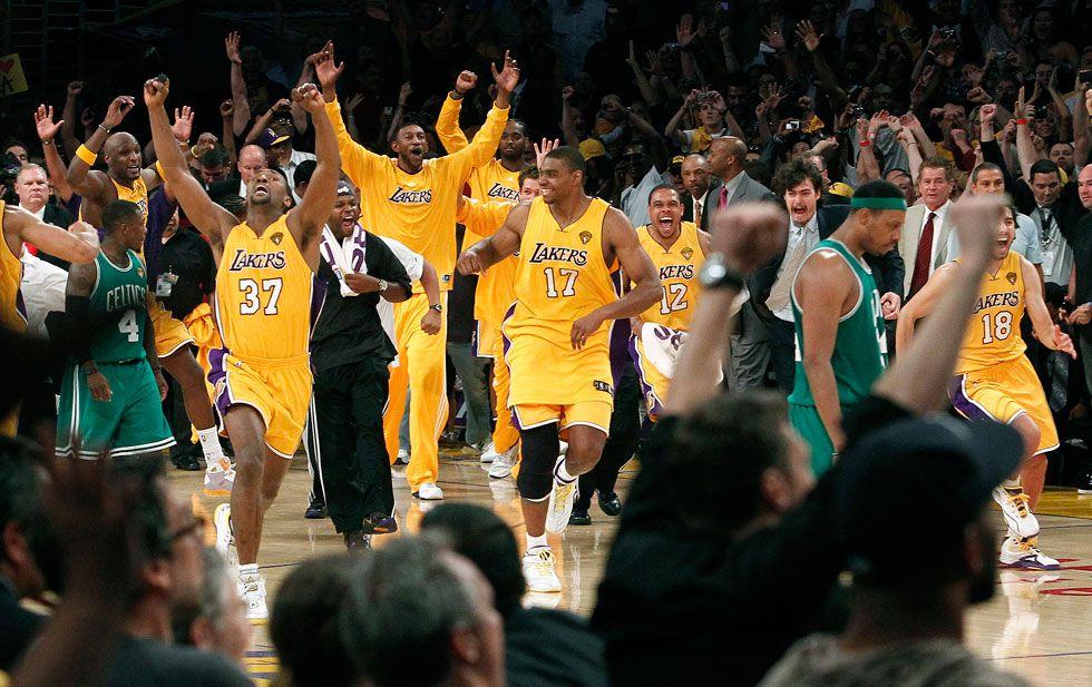 Photos Lakers Moments Los Angeles Lakers Nba Champions Lakers