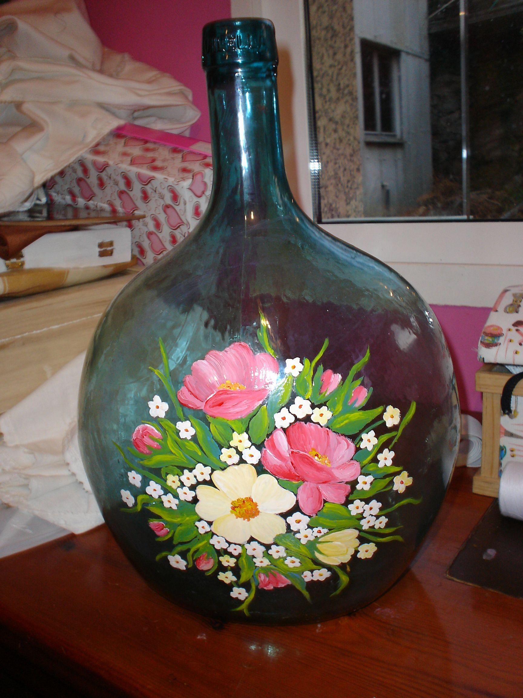 Botellas pintadas a mano con acrilico buscar con google - Decoracion de jarrones de cristal ...