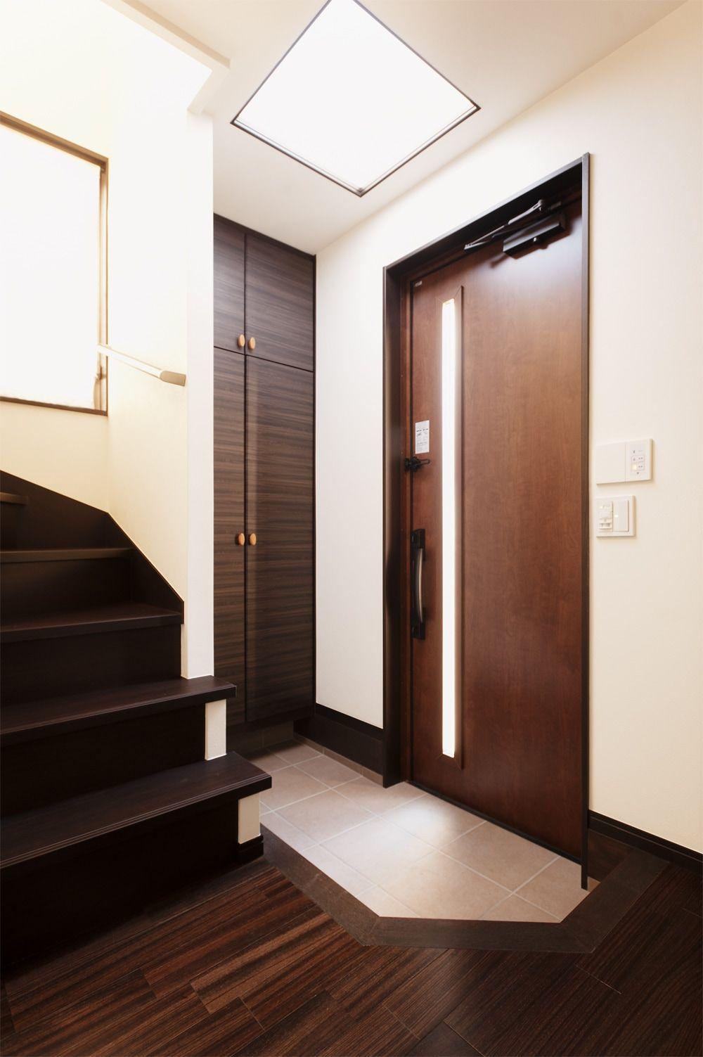 リフォーム リノベーションの事例 玄関 施工事例no 379生活の中心ldkを2階へ移動 光と風があふれる空間に スタイル工房