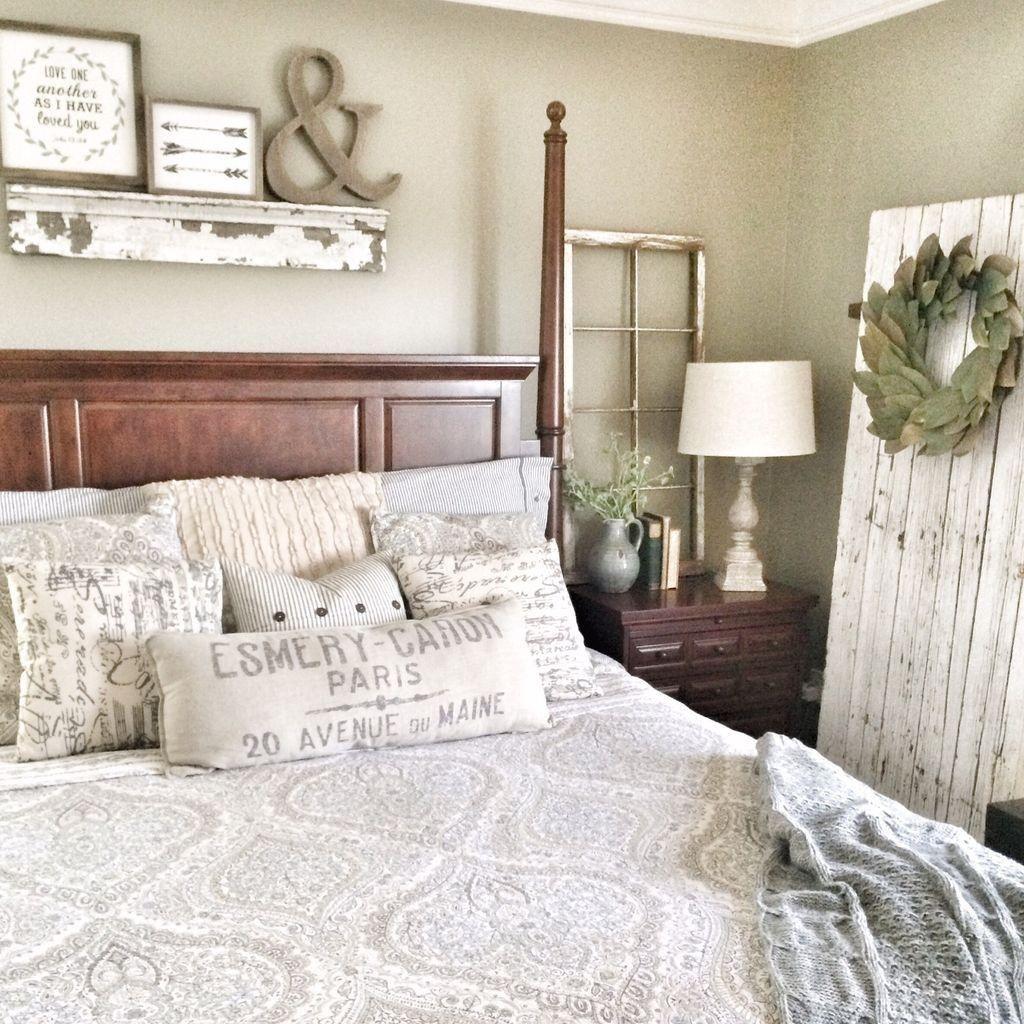 50 Cozy Farmhouse Master Bedroom Remodel Ideas: Cozy Farmhouse Bedroom Design Ideas That Inspire02 (With