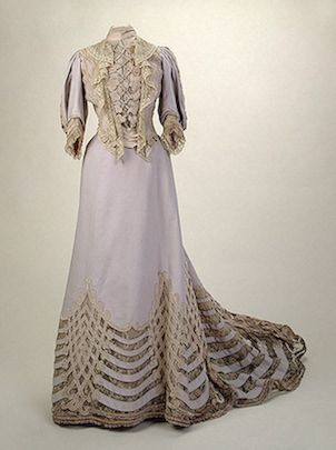 Pale lavender visiting dress of Empress Alexandra Fyodorovna, Auguste Brisac's Workshop, St Petersburg, silk and lace, embroidered, early 20th century