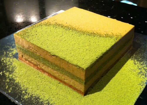 Mika Tanaka's Japanese green tea cake. Recipe can be found on ABS-CBNnews.com. (Photo by Karen Flores)