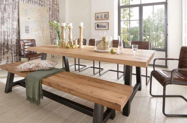 Table en bois massif haut de gamme en 27 photos chalet cuisine table bois salle manger - Table cuisine pin ...