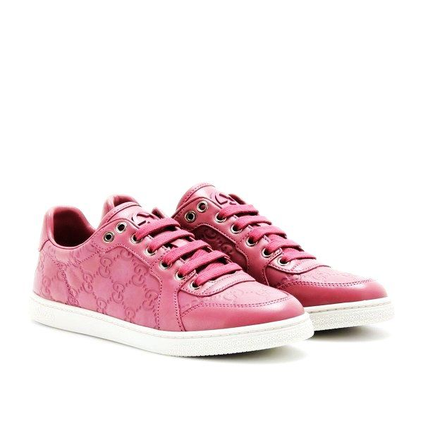 1889dd3eaf9 pink gucci low coda leather logo sneakers
