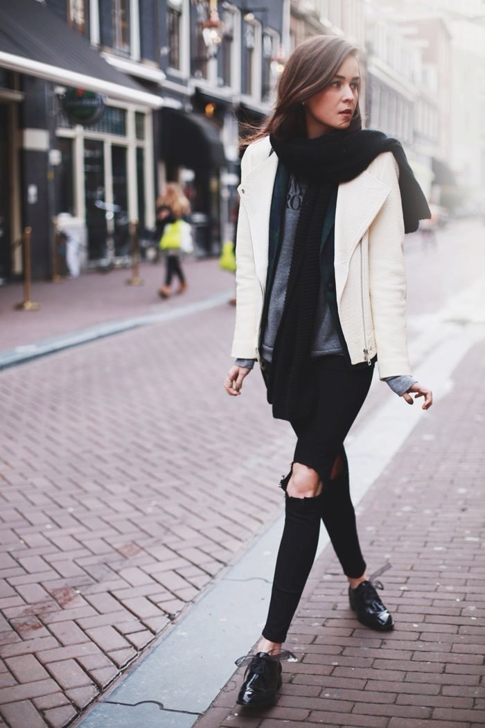 Another story of layering using mostly my go to online shops right now - ASOS and Zara. Love black, green paid topped with winter white. Winner!