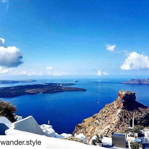 Clear view to Skaros & Caldera!